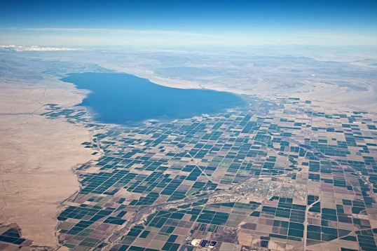 Aerial view of the Salton Sea, looking northward.