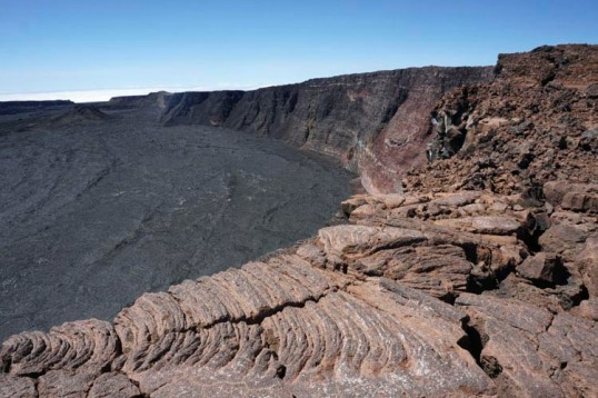 Edge of summit caldera, Mauna Loa