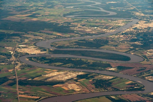 Meander loops on Mississippi River, Louisiana